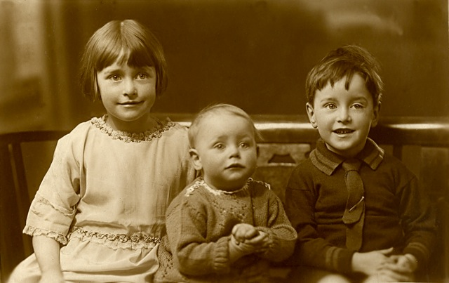 In Liverpool in 1931. Frances (6), Harry (1), John (4)