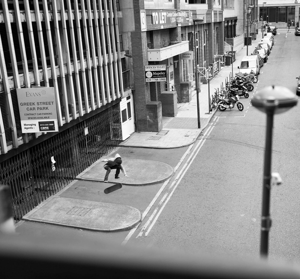 Nick Remon - ollie, 360 flip