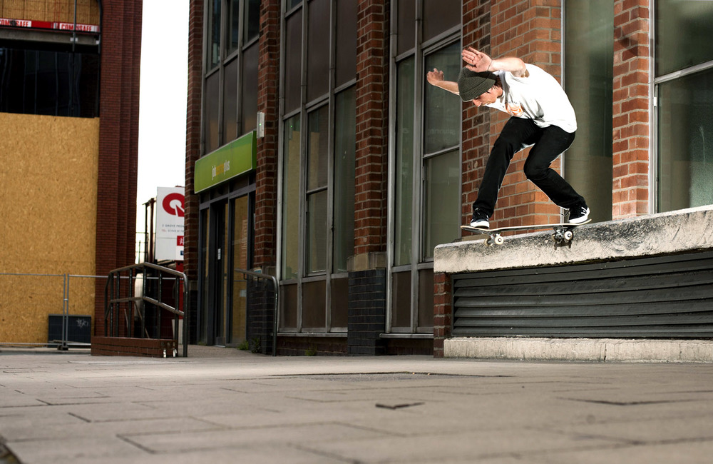 Harry Lintell - backside tailslide