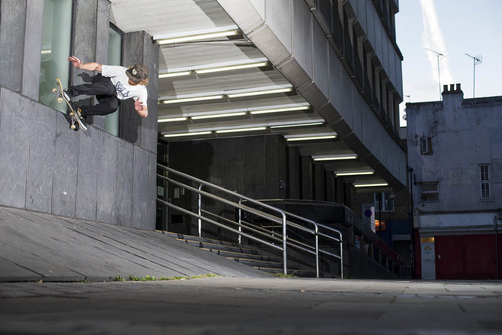 Barney Page - wallride upto backside pivot