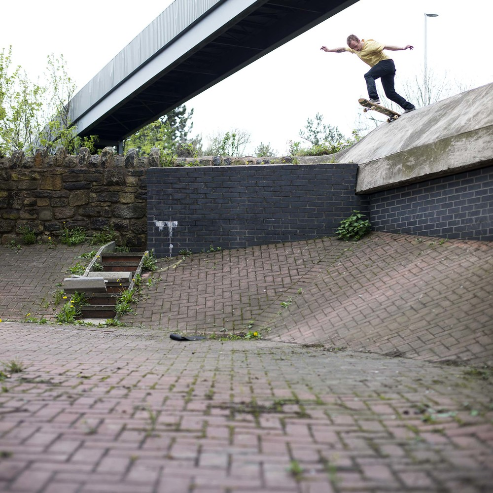 Dean Greensmith - backside tailslide
