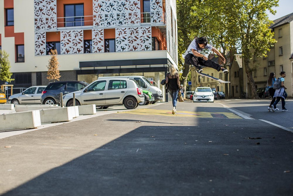 Daryl Dominguez - kickflip