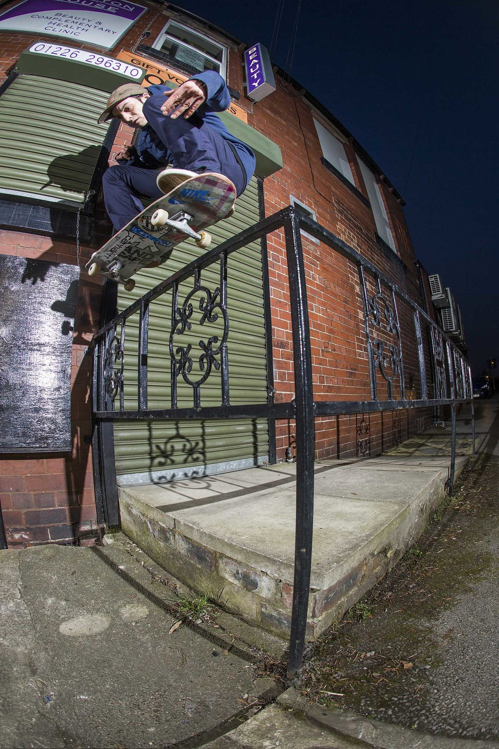 Joe Gavin - nollie shifty