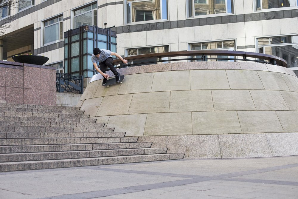 Ben Rowles - backside wallride