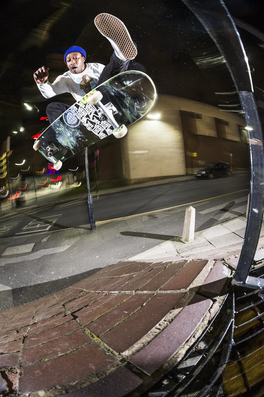 Shaun Currie - alley oop frontside kickflip