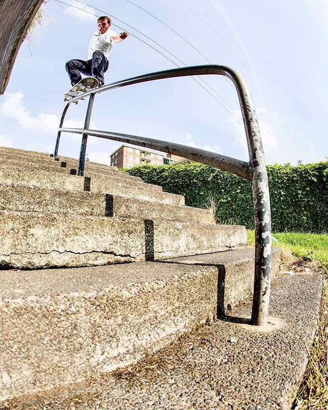 George Smith, ollie over to 50-50 for Welcome Skate Store's video 'Paul,'. Watch the full video and see a photo gallery via Vaguemag.com! @george.leeds @vagueskatemag @welcomeskatestore