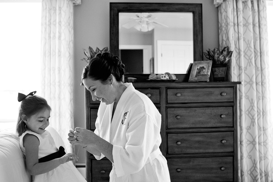 Getting_ready_Wedding_Photo_Marblehead_MA