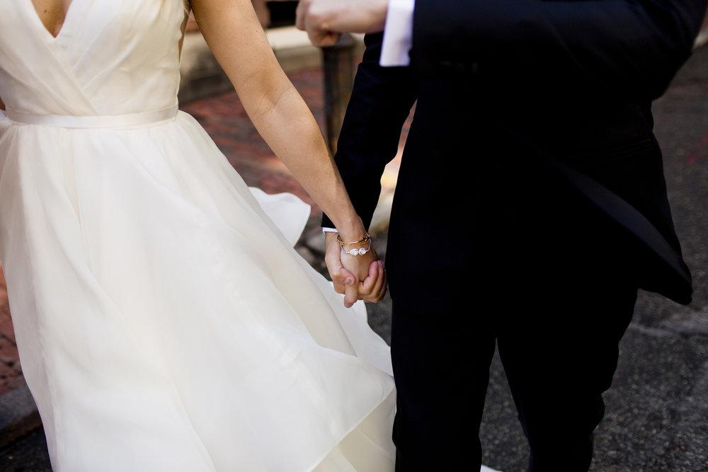 alden-castle-wedding-photos-012.jpg