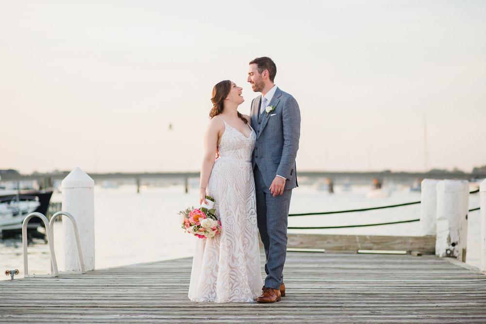 regatta-place-newport-ri-wedding--00021.jpg