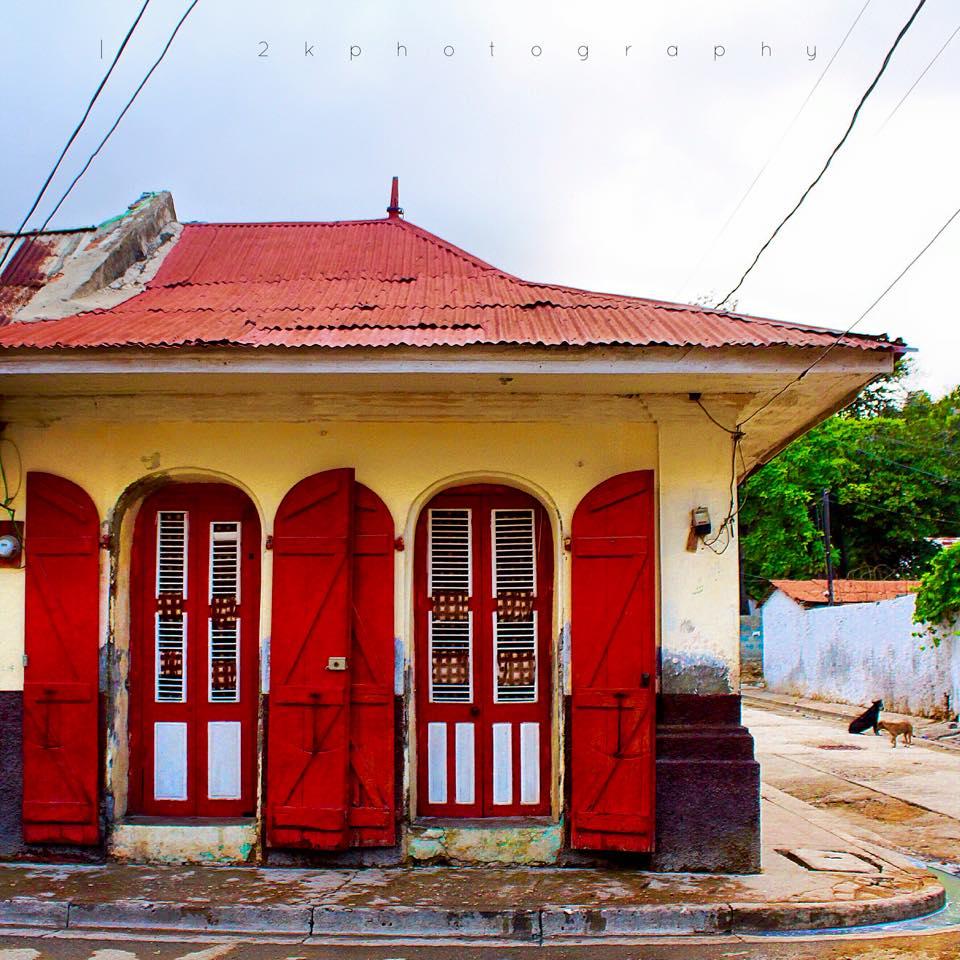 haitian_redhouse.jpg