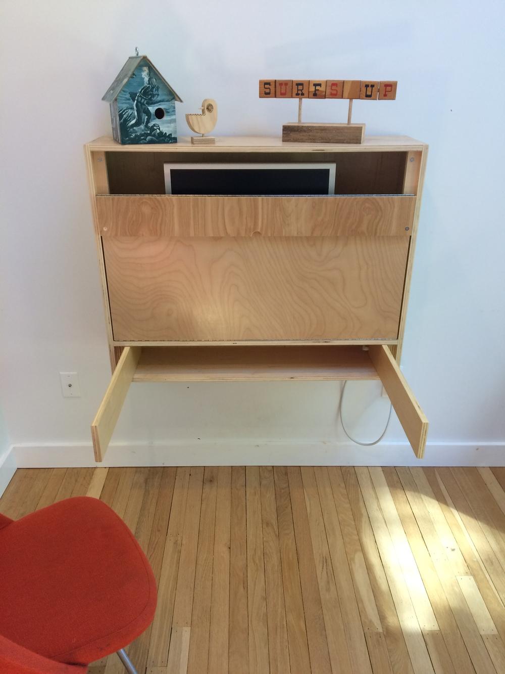 how to foldup wall desk - Fold Down Desk