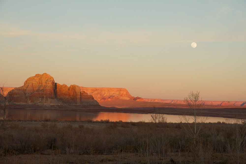 Arizona moon rise_.jpg