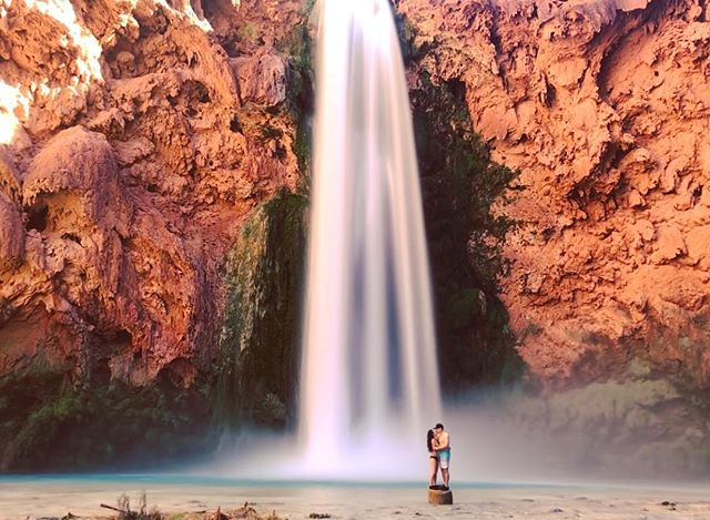 🌏 Super happy to announce our newly launched website! 💫 Click the link in our bio to see our trail guide for booking, camping, and hiking to the beautiful falls of Havasupai in Arizona! 😍 We will be posting more gear guides and itineraries and tips for awesome camping adventures with the people you love! ♥️🏕
