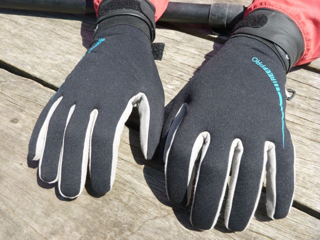 OceanPro Reef Pro Gloves - warm neoprene backs