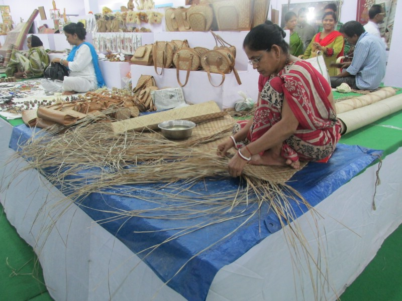 handicraftsfair_196.jpg