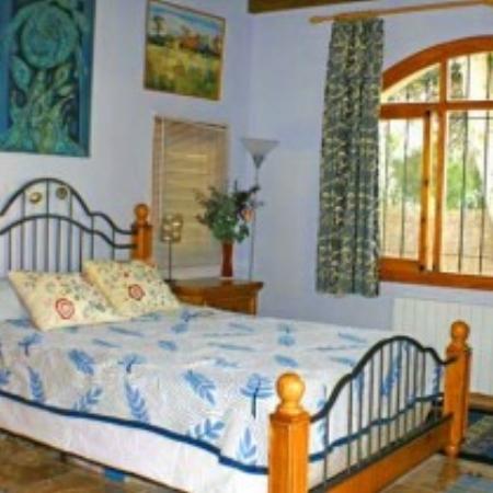 Bedroom-villa emma-spain.jpg