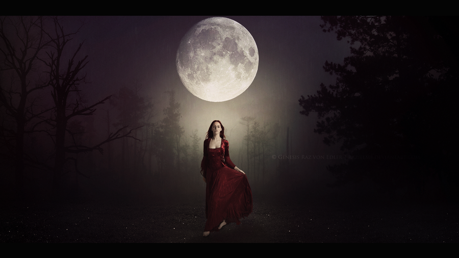the_descent_of_the_moon_goddess_by_razielmb-d82gpvg.png
