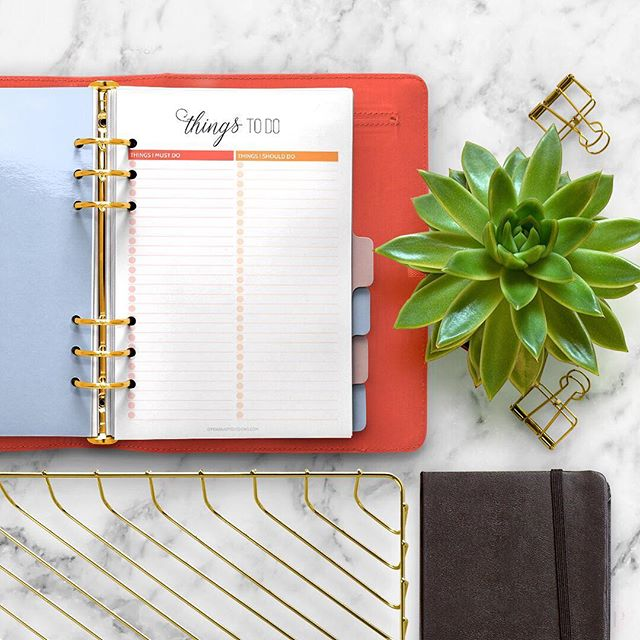 What's on your to-do list today? . #AliciaGraceCo #GoalGetterCommunity
