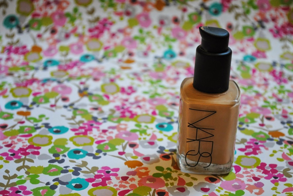 NARS Sheer Glow Foundation Review | Shade - Deauville | Sally Says Beauty: Foundation Files