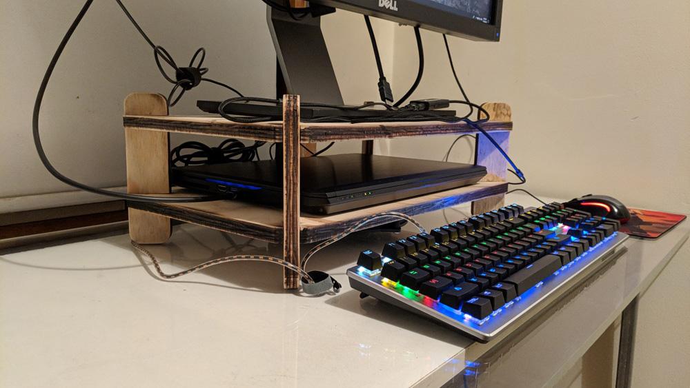 sjohnston-monitor-riser-08.jpg
