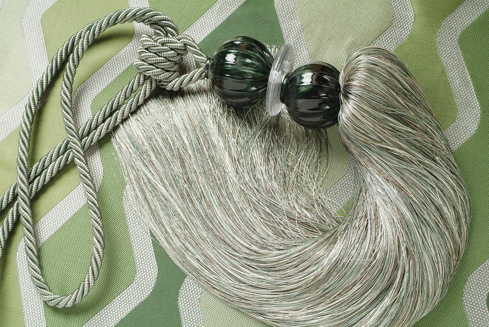 Handblown Double Globe Tie Back  SilkGallery 0648 Hi.jpg
