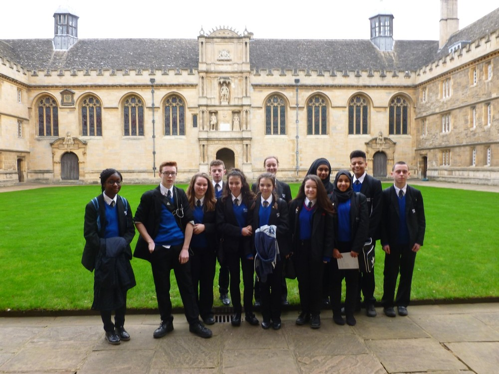 NEWSLETTER Wadham college image 1.jpg
