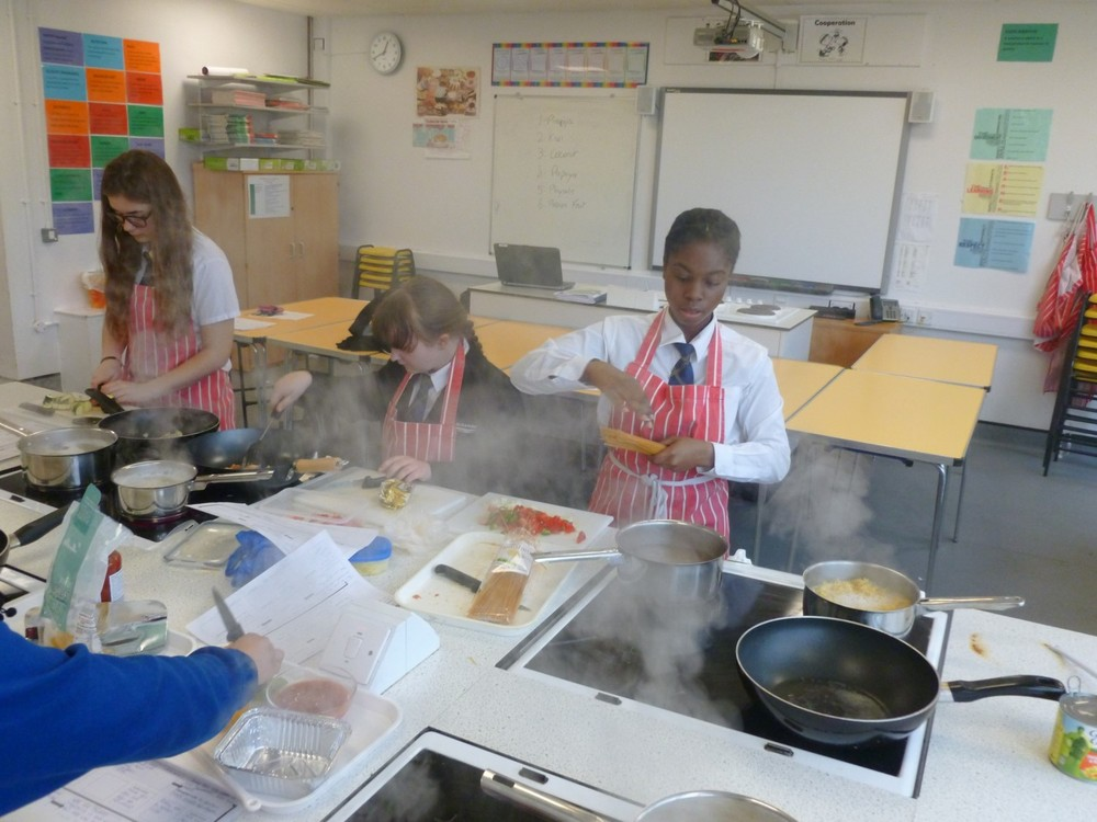 NEWSLETTER year 9 food tech image 3.jpg