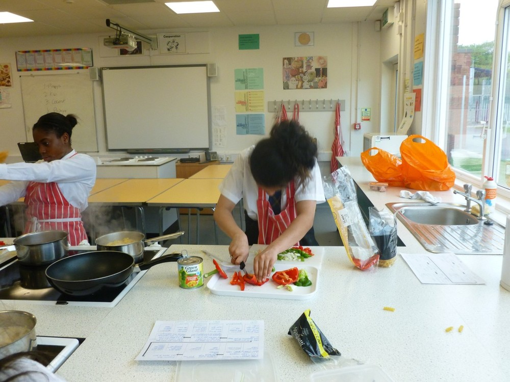 NEWSLETTER Year 9 food tech image 4.jpg