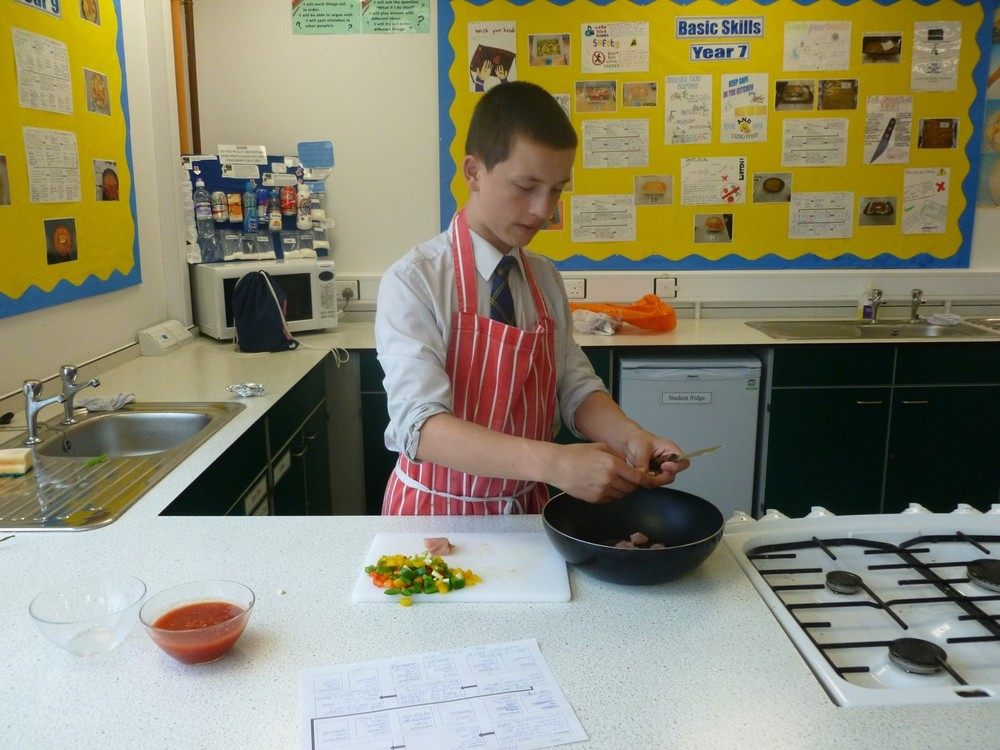 NEWSLETTER year 9 food tech image 5.jpg