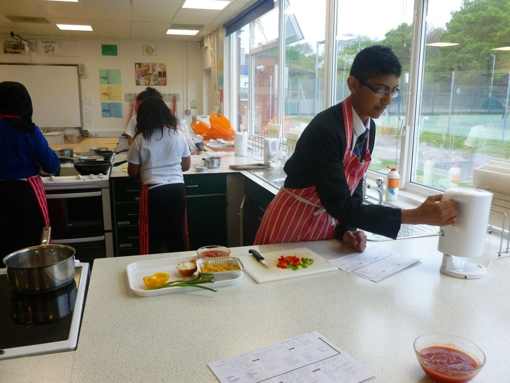 NEWSLETTER year 9 food tech image 7.jpg