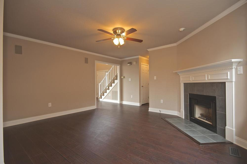 2707 Bakertown Rd Knoxville TN-large-016-Family Room-1500x994-72dpi.jpg