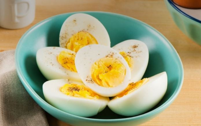 EASY-PEEL HARD-BOILED EGGS