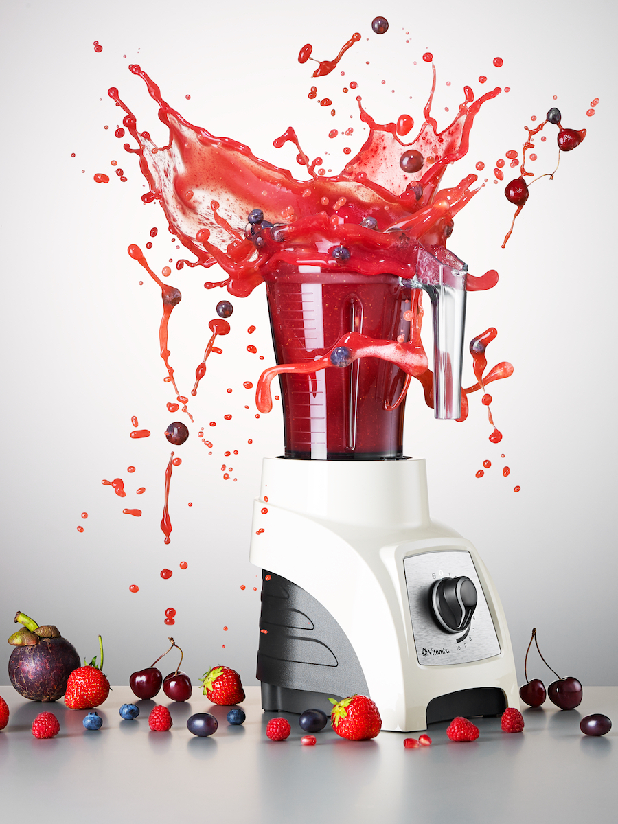 Harrods 1 MS D175juicer main surface and blender RED LIQUID NEW copy (1).jpg