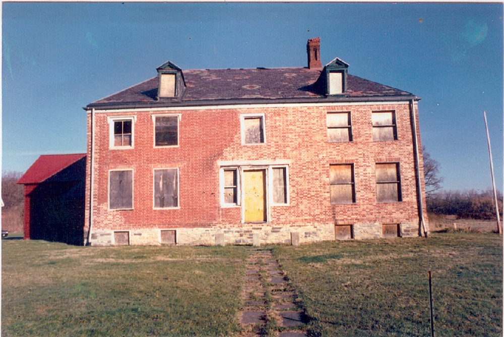 The mansion in 1995