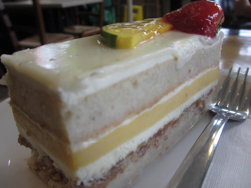 Le Delice Cake