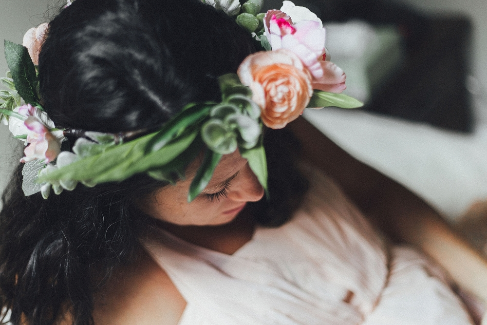 Maternity Flower Crown Shoot_0010.jpg