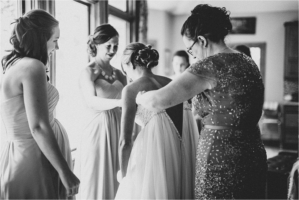 Naomi + Matt Michigan Wedding_0024.jpg