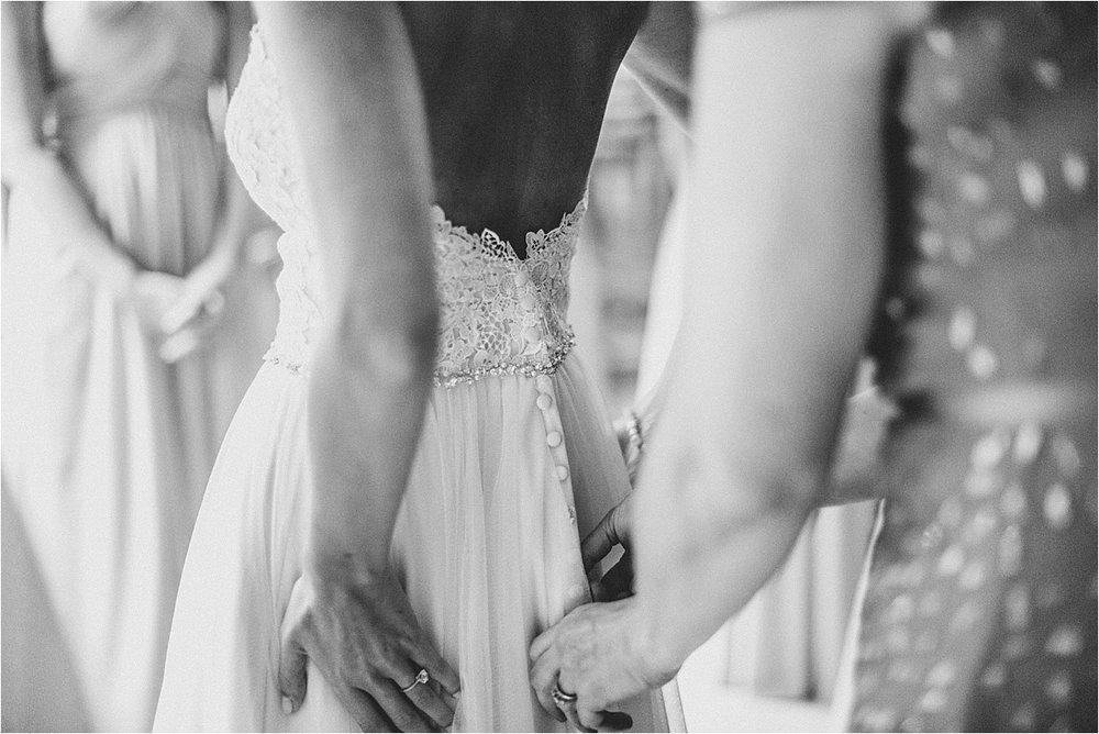 Naomi + Matt Michigan Wedding_0025.jpg