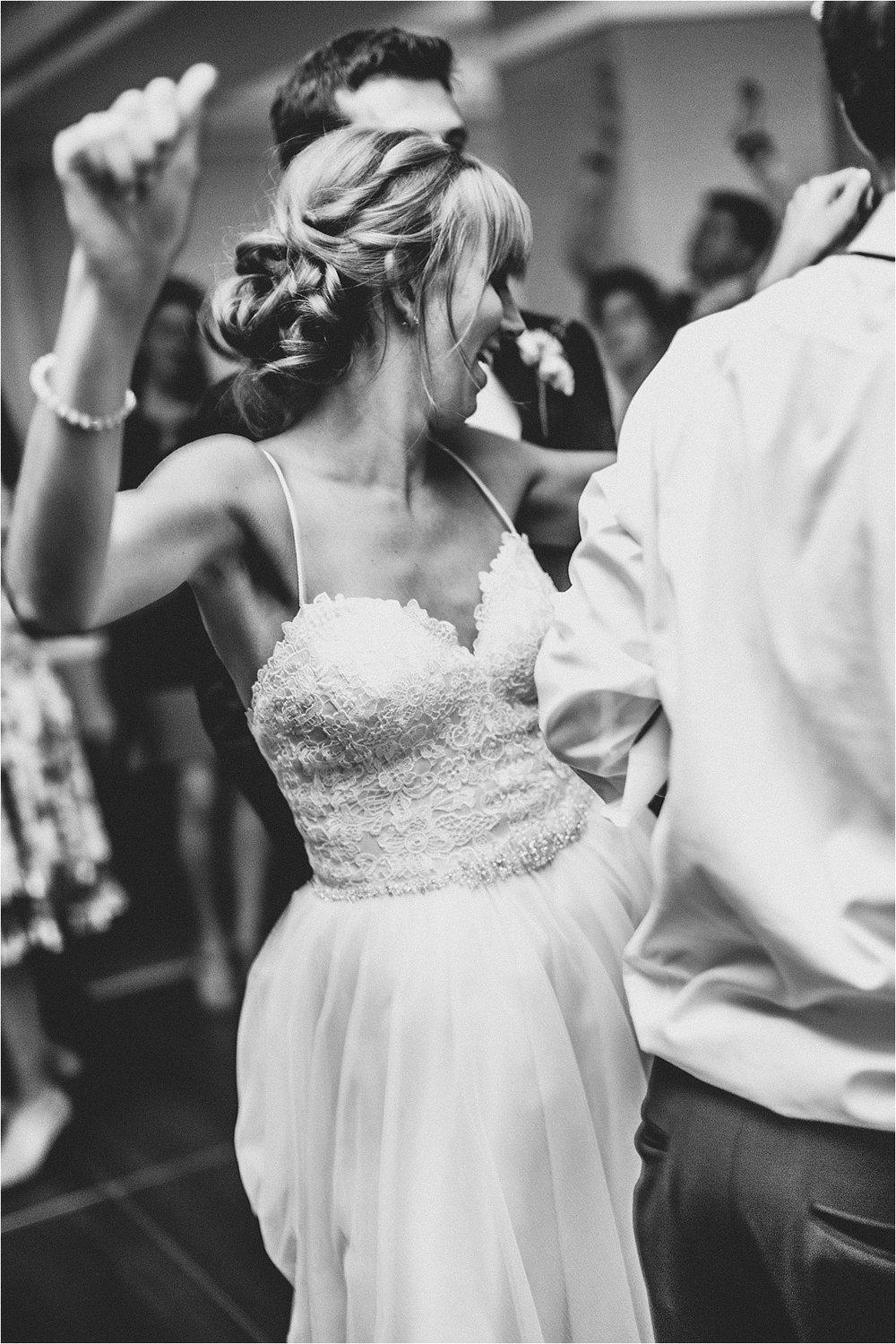 Naomi + Matt Michigan Wedding_0273.jpg