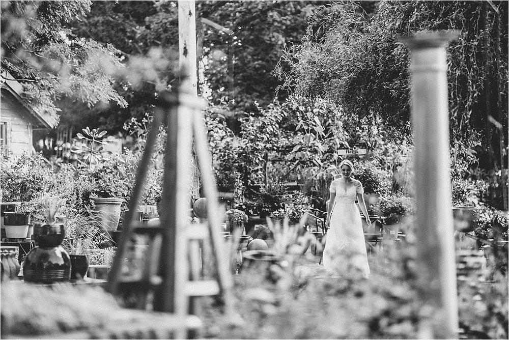 Blumen Gardens Wedding_0037.jpg