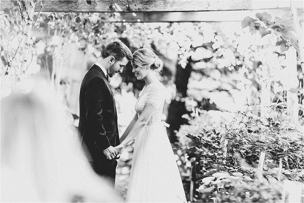 Blumen Gardens Wedding_0044.jpg