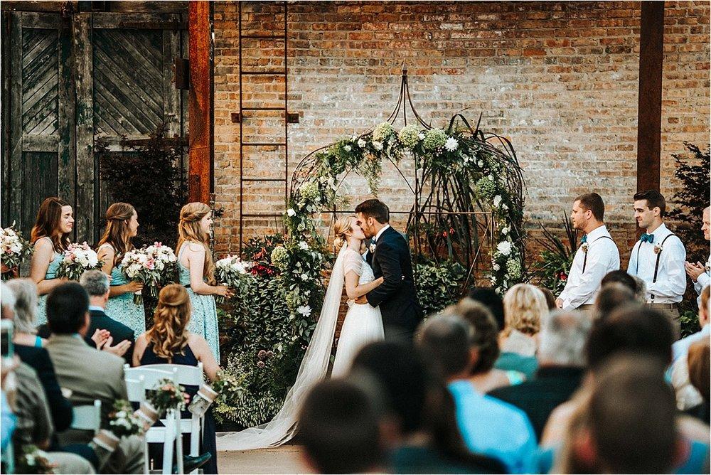 Blumen Gardens Wedding_0144.jpg