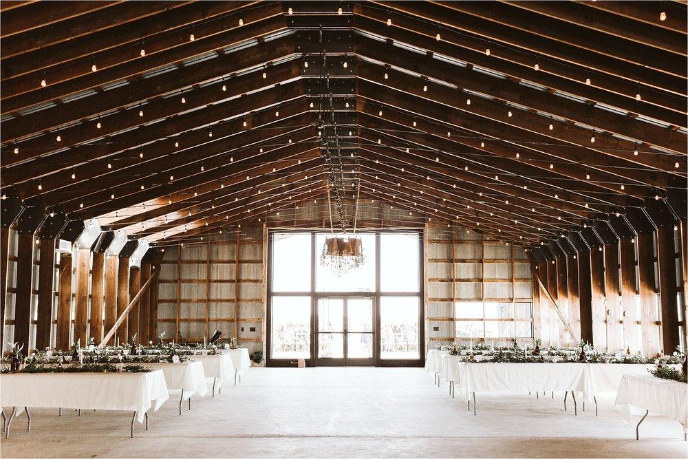 Champaign Illinois Barn Wedding_0095.jpg