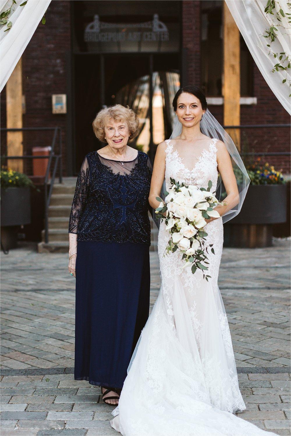 Chicago Bridgeport Art Center Wedding_0099.jpg