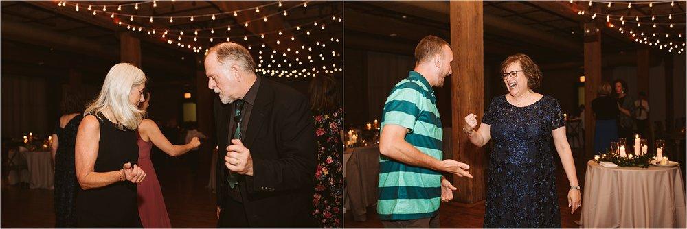 Chicago Bridgeport Art Center Wedding_0147.jpg