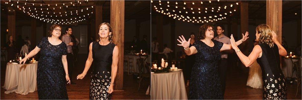 Chicago Bridgeport Art Center Wedding_0149.jpg