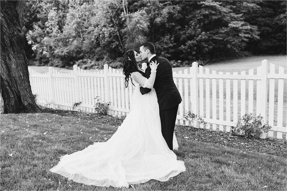 Harbert Michigan Backyard Wedding_0100.jpg