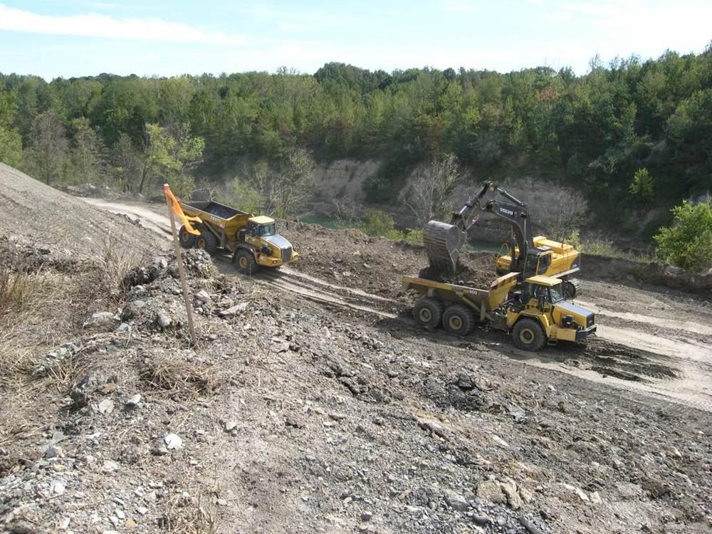 ALCOA Y-Pit Mining.jpg