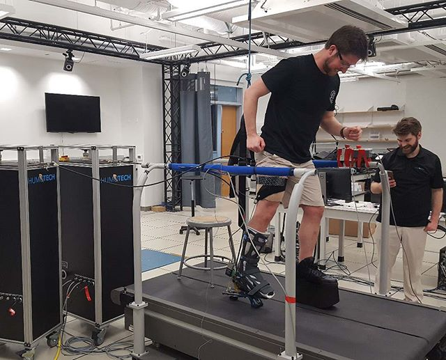 Karl Zelik and his team at the BatLab @vanderbiltengineering are doing some amazing work, powered by a #HuMoTech emulator system. They seek to deepen our understanding of a little muscle called the gastroconemuis, which must be rerouted after below-knee #amputation.