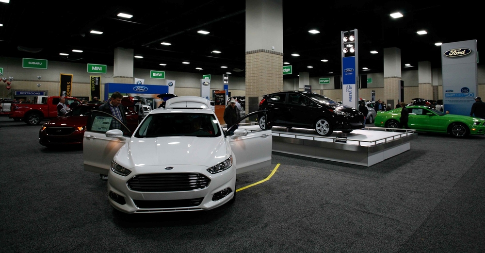 Knoxville News Sentinel Auto Show  February 24 - 26, 2017  Knoxville Convention Center